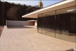 Barcelona Pavilion, Spain - Mies van de Rohe 04_Stephen Varady photo ©