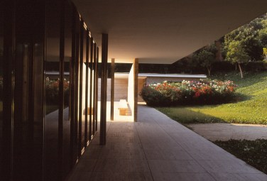 Barcelona Pavilion, Spain - Mies van de Rohe 07_Stephen Varady photo ©