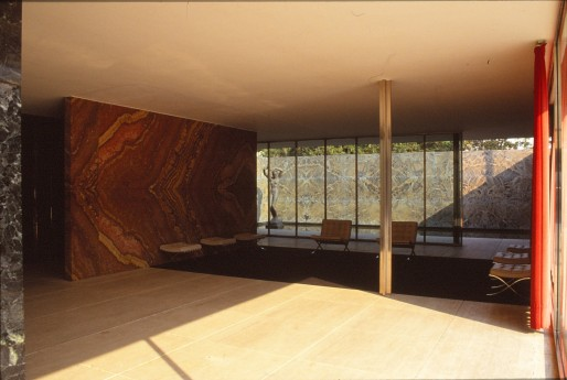 Barcelona Pavilion, Spain - Mies van de Rohe 11_Stephen Varady photo ©