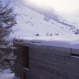 Therme Vals, Switzerland - Peter Zumthor 04_Stephen Varady photo ©