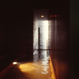 Therme Vals, Switzerland - Peter Zumthor 27_Stephen Varady photo ©