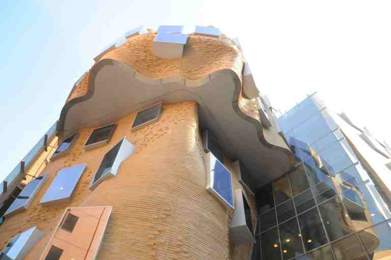 UTS Business School, Sydney - Frank Gehry 01_Stephen Varady Photo ©