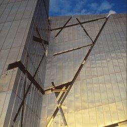 Jewish Museum, Berlin - Daniel Libeskind 1.05_Stephen Varady Photo