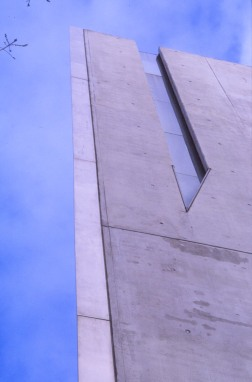 Jewish Museum, Berlin - Daniel Libeskind 1.09_Stephen Varady Photo