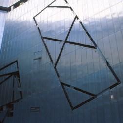 Jewish Museum, Berlin - Daniel Libeskind 2.05_Stephen Varady Photo