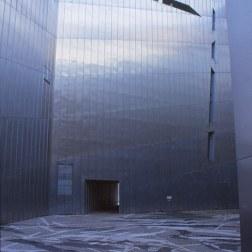 Jewish Museum, Berlin - Daniel Libeskind 2.08_Stephen Varady Photo