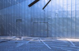 Jewish Museum, Berlin - Daniel Libeskind 2.09_Stephen Varady Photo