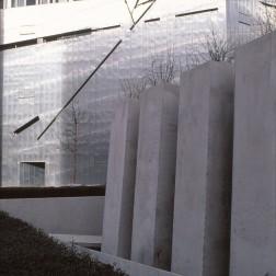 Jewish Museum, Berlin - Daniel Libeskind 3.08_Stephen Varady Photo