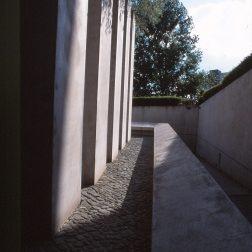 Jewish Museum, Berlin - Daniel Libeskind 3.12_Stephen Varady Photo