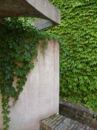 Italian Biennale Pavilion Courtyard, Venice by Carlo Scarpa 08_Stephen Varady photo ©