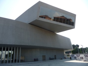 MAXXI, Rome by Zaha Hadid 22_Stephen Varady Photo ©