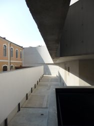 MAXXI, Rome by Zaha Hadid 52_Stephen Varady Photo ©
