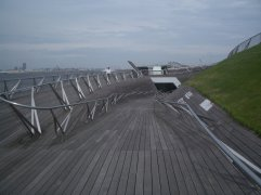 Yokohama Port Terminal by Foreign Office Architects 23_Stephen Varady Photo ©