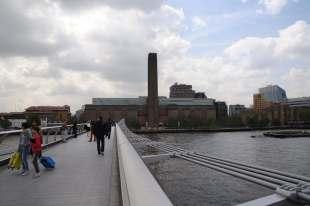 New Tate Modern by Herzog + de Meuron 01