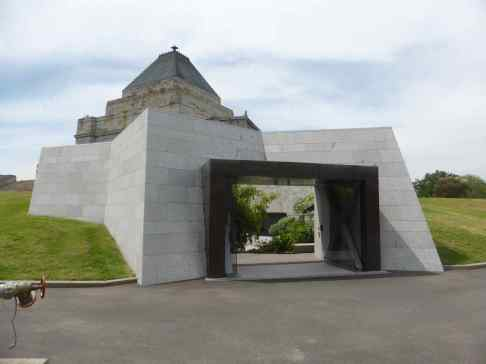 Shrine of Remembrance by ARM 10_Stephen Varady Photo ©