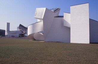 Vitra Design Museum by Frank Gehry 13_Stephen Varady Photo ©