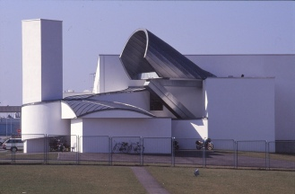 Vitra Design Museum by Frank Gehry 24_Stephen Varady Photo ©