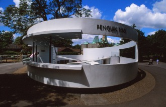 London Zoo Penguin Pool by Lubetkin, Drake + Tecton 14_Stephen Varady Photo ©