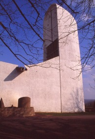 ronchamp-chapel-by-le-corbusier-45_stephen-varady-photo