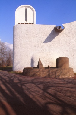 ronchamp-chapel-by-le-corbusier-46_stephen-varady-photo