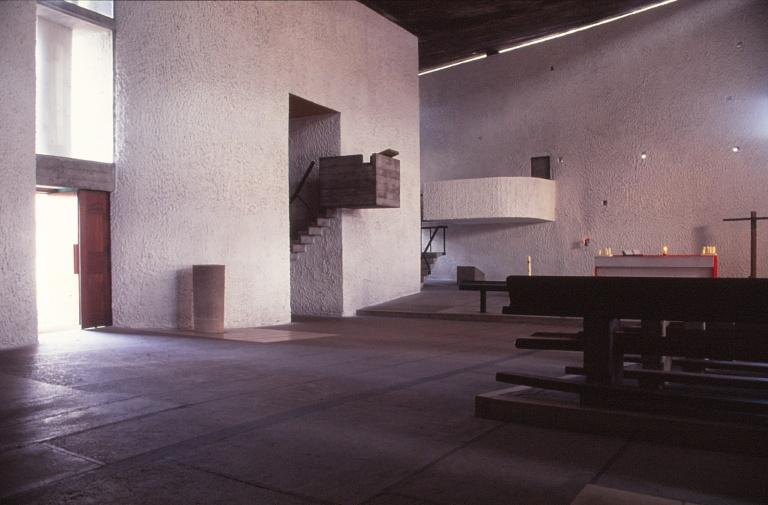 ronchamp-chapel-by-le-corbusier-51_stephen-varady-photo