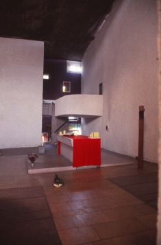 ronchamp-chapel-by-le-corbusier-64_stephen-varady-photo