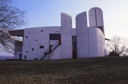 ronchamp-chapel-by-le-corbusier-70_stephen-varady-photo