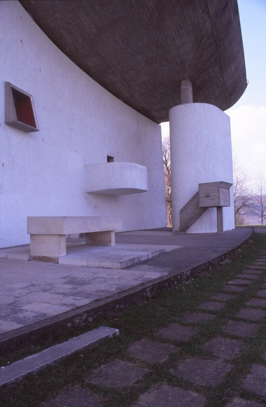 ronchamp-chapel-by-le-corbusier-83_stephen-varady-photo