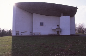 ronchamp-chapel-by-le-corbusier-84_stephen-varady-photo
