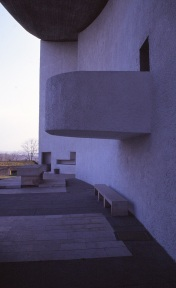 ronchamp-chapel-by-le-corbusier-89_stephen-varady-photo