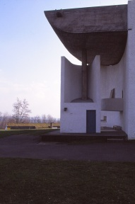 ronchamp-chapel-by-le-corbusier-91_stephen-varady-photo