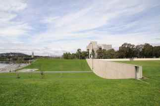 Commonwealth Place, Canberra by Durbach Block Jaggers 19_Stephen Varady Photo ©