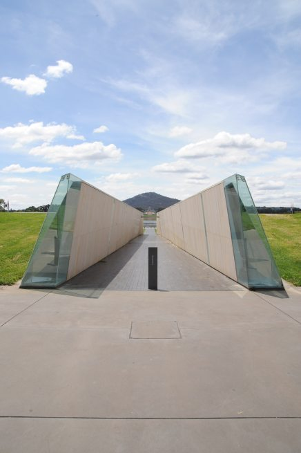 Commonwealth Place, Canberra by Durbach Block Jaggers 57_Stephen Varady Photo ©