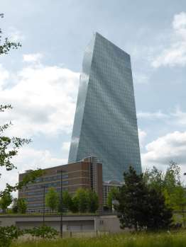 European Central Bank by Coop Himmelblau 29_Stephen Varady Photo ©