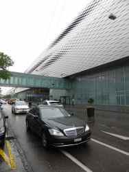 Messe Basel New Hall by Herzog de Meuron 01_Stephen Varady photo ©