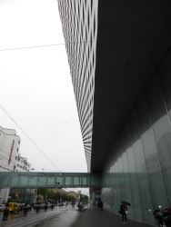 Messe Basel New Hall by Herzog de Meuron 02_Stephen Varady photo ©