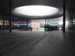 Messe Basel New Hall by Herzog de Meuron 13_Stephen Varady photo ©