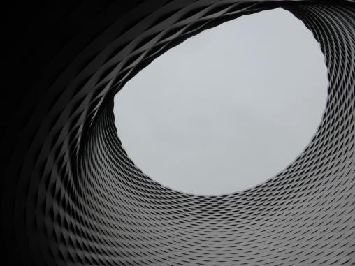 Messe Basel New Hall by Herzog de Meuron 15_Stephen Varady photo ©