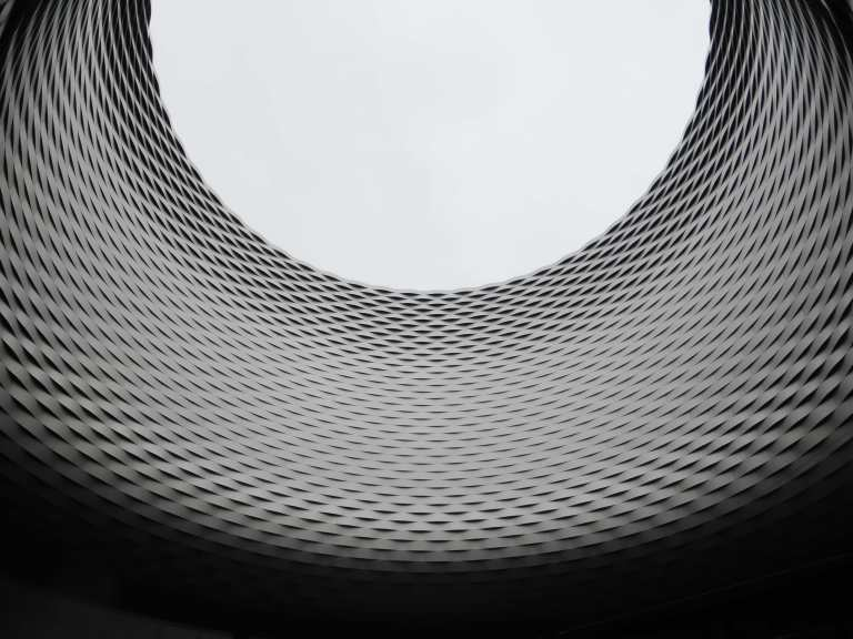 Messe Basel New Hall by Herzog de Meuron 19_Stephen Varady photo ©