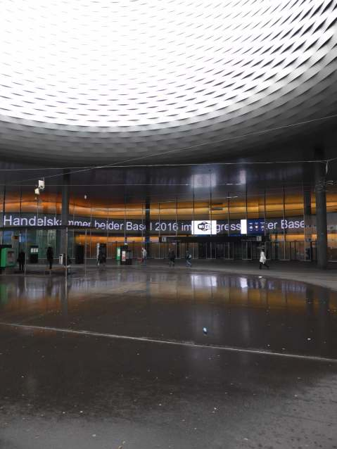 Messe Basel New Hall by Herzog de Meuron 22_Stephen Varady photo ©