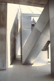 Edgemar by Frank Gehry 06_Stephen Varady Photo ©