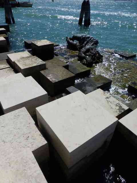 Venezia Alla Partciana Memorial, Venice by Carlo Scarpa 07_Stephen Varady Photo ©