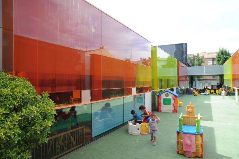 'Els Colors' Nursery, Manlleu, Spain by RCR Arquitectes 36_Stephen Varady photo ©