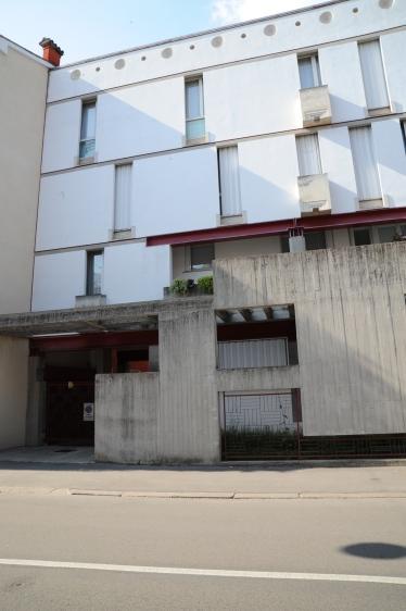 Vicenza Apartment House by Carlo Scarpa 08_Stephen Varady Photo ©