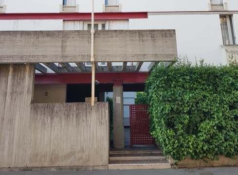 Vicenza Apartment House by Carlo Scarpa 24_Stephen Varady Photo ©