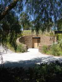 Tarrawarra Cellar Door by Kerstin Thompson Architects 01_Stephen Varady Photo ©
