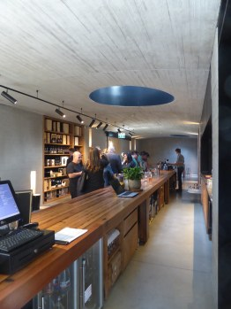 Tarrawarra Cellar Door by Kerstin Thompson Architects 07_Stephen Varady Photo ©