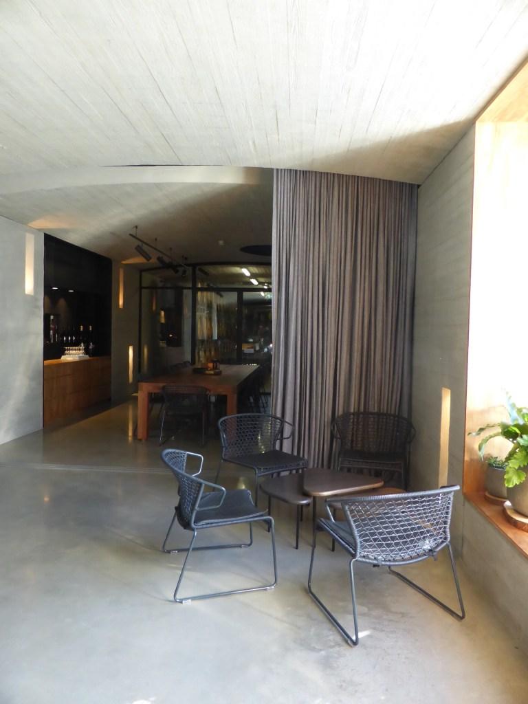 Tarrawarra Cellar Door by Kerstin Thompson Architects 09_Stephen Varady Photo ©