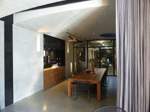 Tarrawarra Cellar Door by Kerstin Thompson Architects 10_Stephen Varady Photo ©
