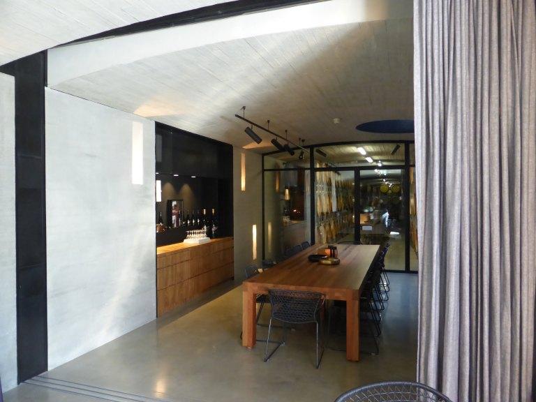 Tarrawarra Cellar Door by Kerstin Thompson Architects 10_Stephen Varady Photo ©